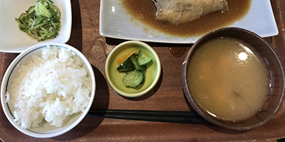 1 soup 3 dishes is the traditional Japanese meal style
